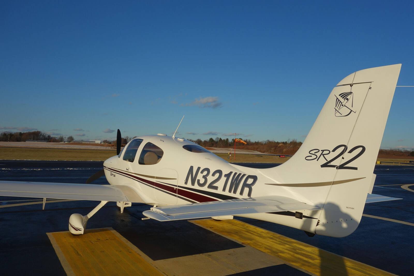 2002 Cirrus SR22 – FOR SALE at Princeton Airport - Contact Ken Nierenberg at 609-731-4628