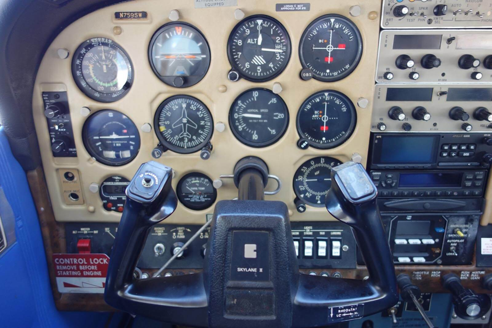 1978 Cessna 182Q – FOR SALE at Princeton Airport