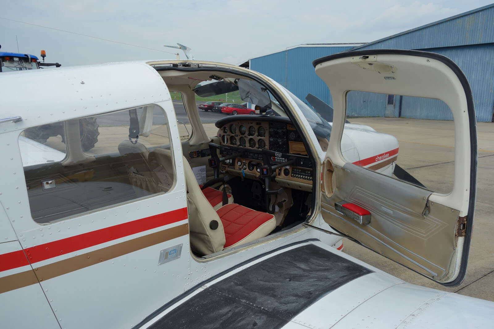 1976 Piper Archer - FOR SALE at Princeton Airport