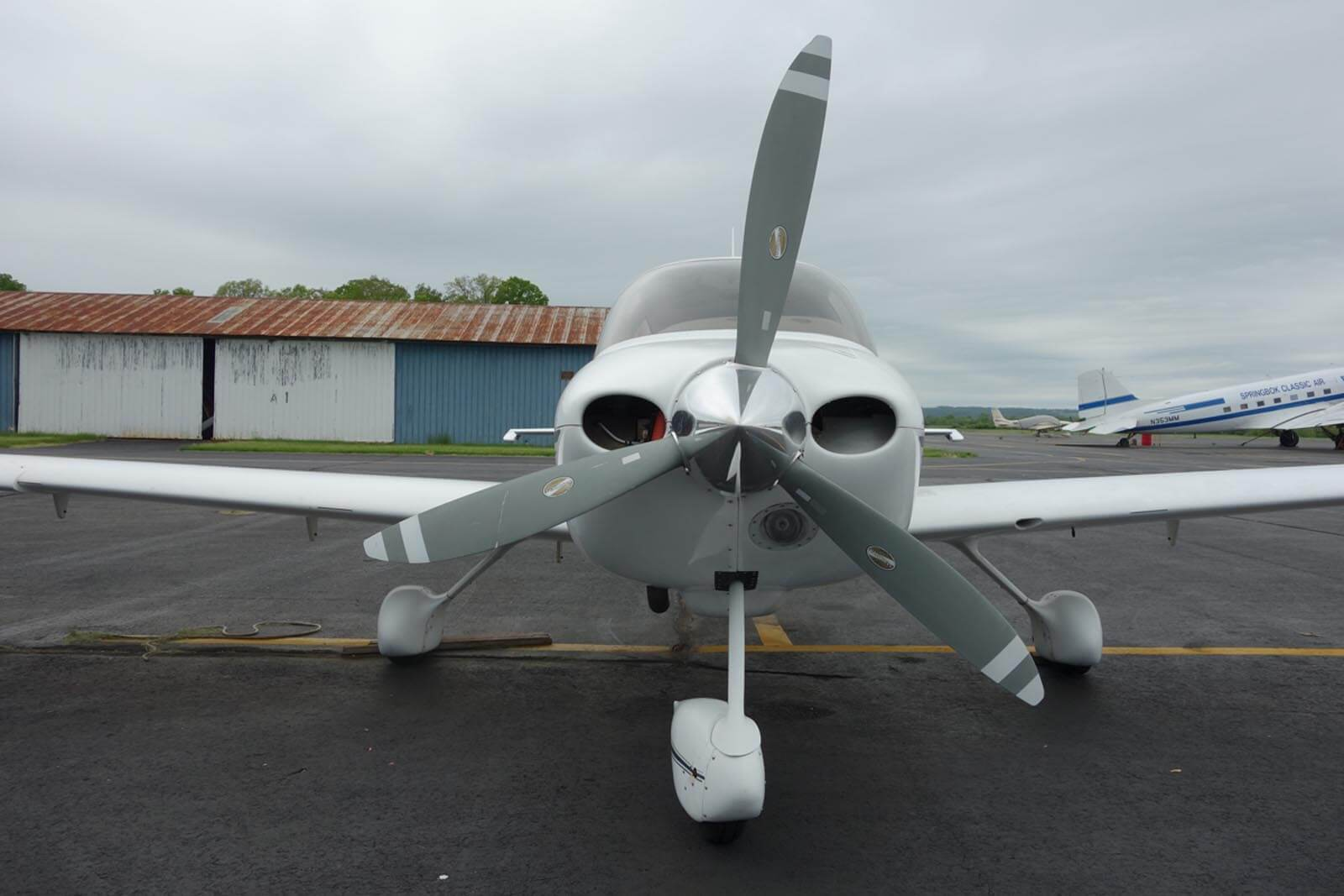 2002 Cirrus SR22 ~ FOR SALE at Princeton Airport ~ Contact Ken Nierenberg at 609-731-4628 for details