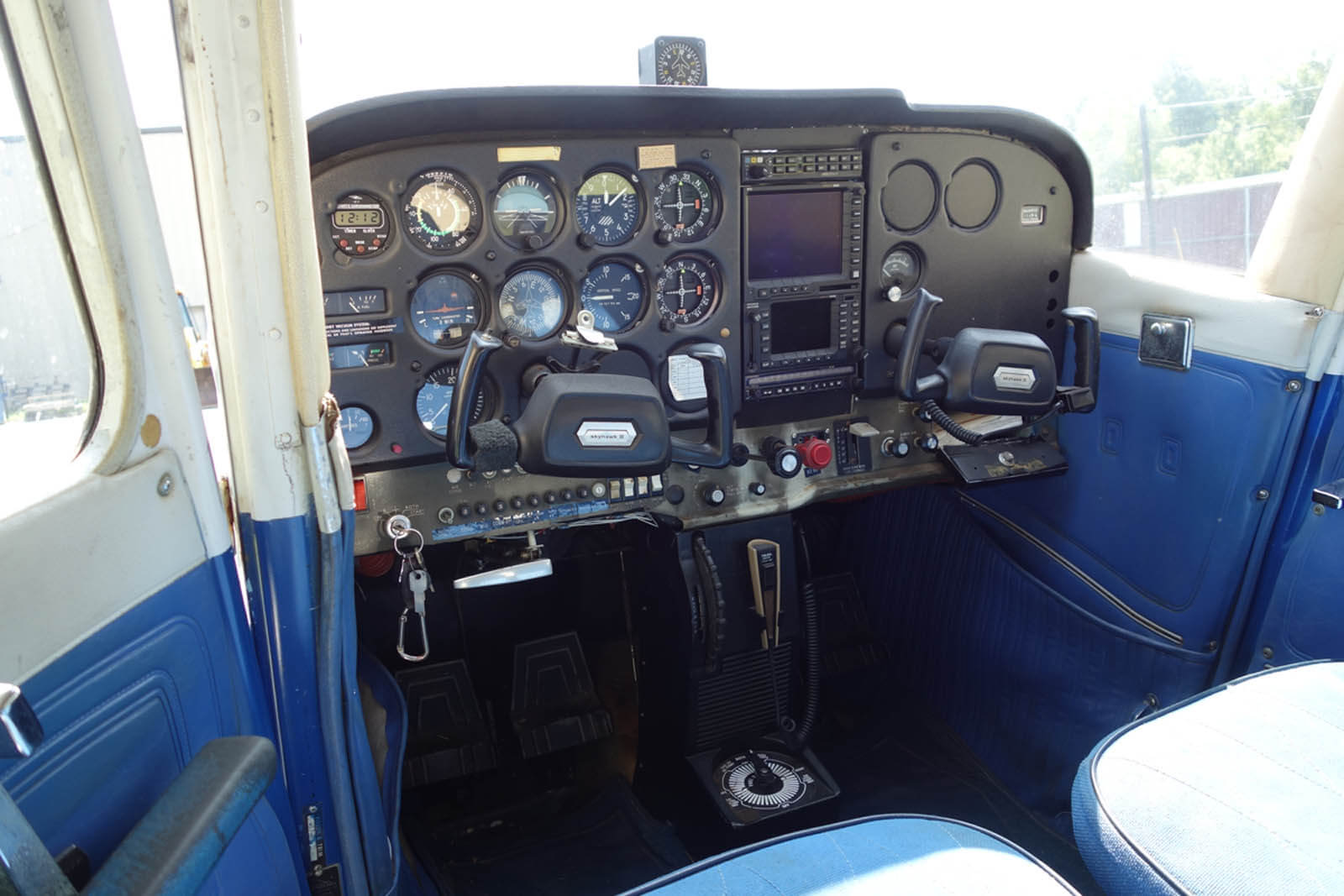 Cessna 172 739NT ~ FOR SALE at Princeton Airport - PRINCETON AIRPORT