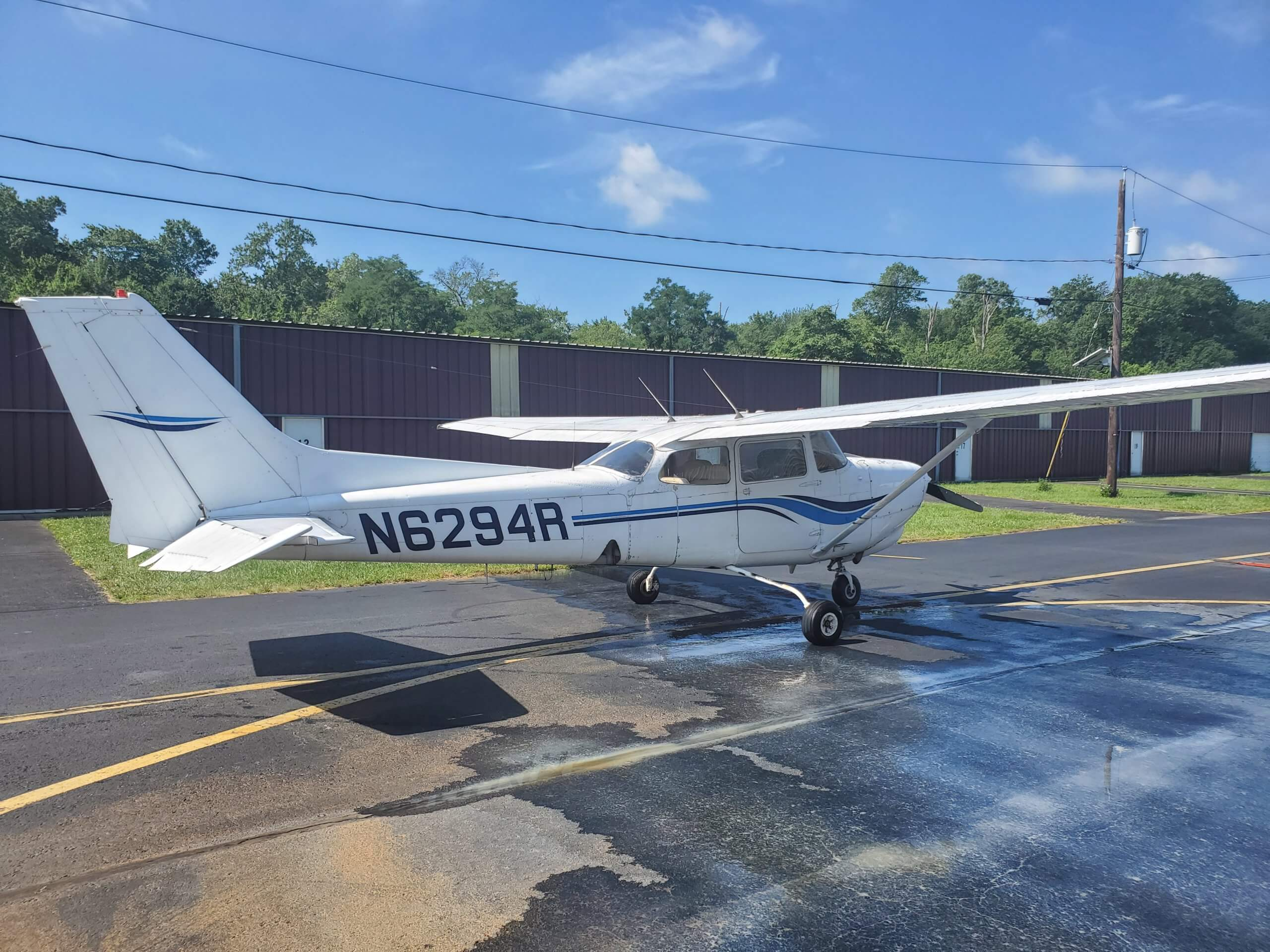 1980 Cessna 172RG - FOR SALE at Princeton Airport - Contact Ken Nierenberg at 609-731-4628 for details
