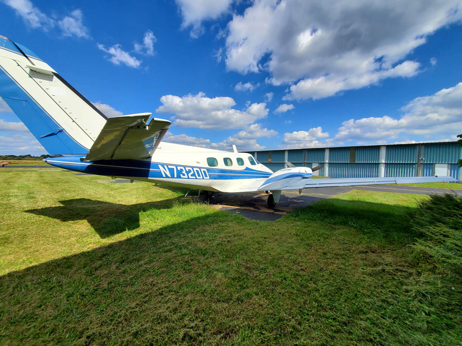 1969 Beech Duke FOR SALE at Princeton Airport ~ Contact Ken Nierenberg for details 609-731-4628